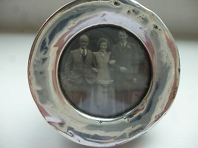 Small Round Silver-Fronted Photograph Frame 1916 Birmingham