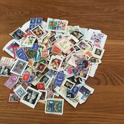 200 Assorted British Stamps