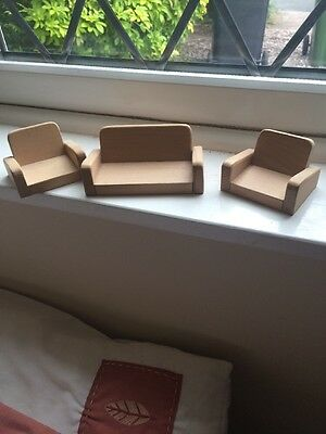Wooden Dolls House Furniture Pre Owned Sofa Settee Arm Chair