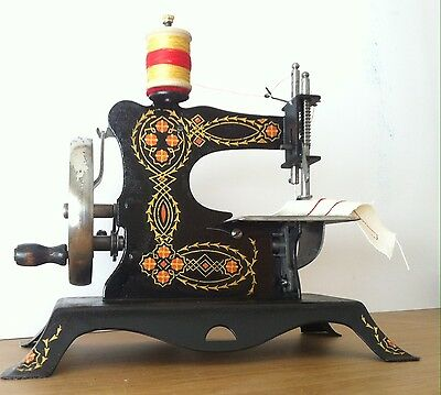 Rare Antique Toy Sewing Machine Casige 4  - 1930