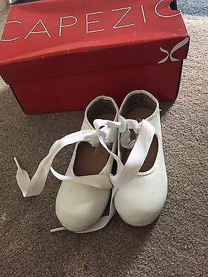 white tap shoes size 7/8