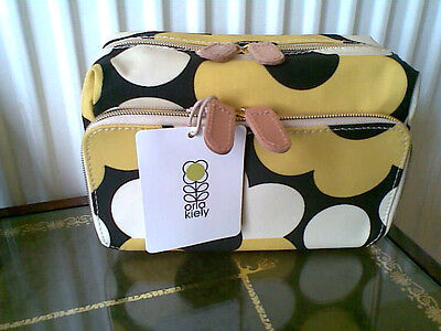 Orla Kiely Make Up/wash Bag 70's Flower Design..new With Tags Ideal To Gift