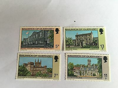 Guernsey Set Mnh 1976 Sg 145-8 Christmas Buildings Island Hall Sark Alderney