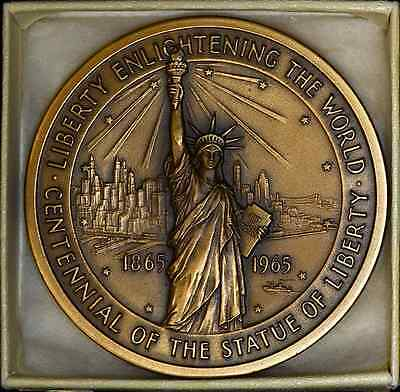 Centennial Of The Statue Of Liberty Federal Hall Memorial Bronze Medal 2.5 in.