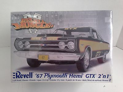Revell '67 Plymouth GTX Hemi Muscle Car 1:25 Scale - Sealed