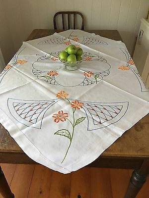 Vintage - SQUARE - EMBROIDERED HEAVY COTTON 'Cutter' TABLECLOTH - Orange Flowers