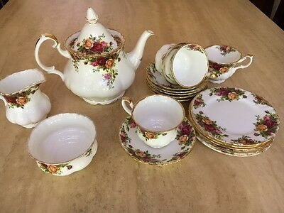 Royal Albert Old Country Roses china tea set