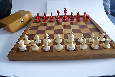 Fine antique Uhlig Staunton Bone Chess Set  Original chess board and box C. 1920