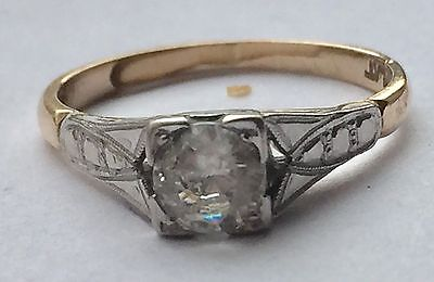 1920's Deco Style Ring 9ct Gold And Platinum Setting. U.K. Size M1/2