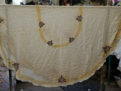 Vintage Meticulously Hand Embroidered Oval tablecloth 84X64 LOVELY Classy Style