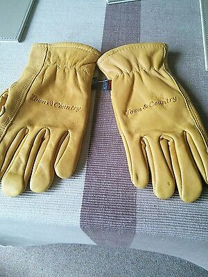 Town & Country Leather gloves size medium/ large VGC