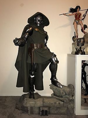 Sideshow Doctor Doom Legendary Scale Figure Statue Dr. Doom Marvel