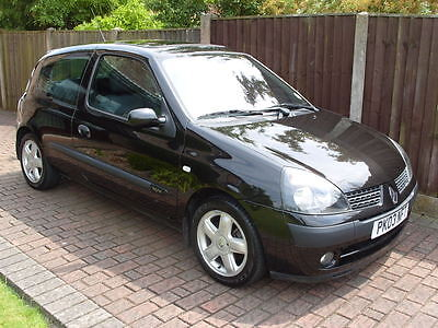 Clio 1.2 Dynamique 16 Valve. 2 Owners Full Mot, Service History