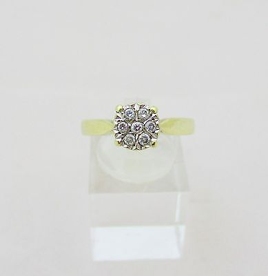 9ct Gold & Diamond Cluster Ring. Size N.