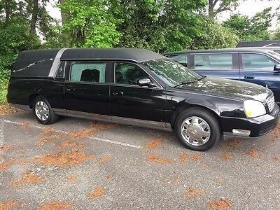 2004 Cadillac DeVille Hearse 2004 Cadillac Deville Limo Funeral Hearse 32k miles Excellent