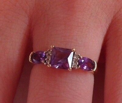 9ct Gold Amethyst and Diamond Ring   Size K  US 5 1/4