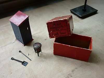 Hornby O Gauge Boxed Watchman Hut Complete