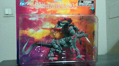 Artfx Final Fantasy X Monster Collection Ultima Weapon with Manufacture Defect