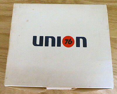 Vintage Union 76 Oil Co Logo 12 Golf Balls in Sleeves and Box - New