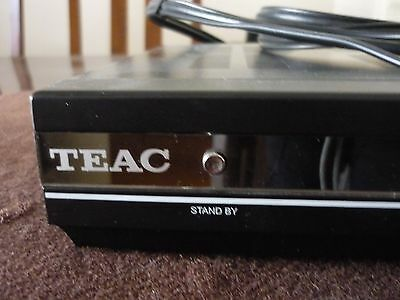 TEAC set top box HDB841  DVB Receiver and remote in excellent condition