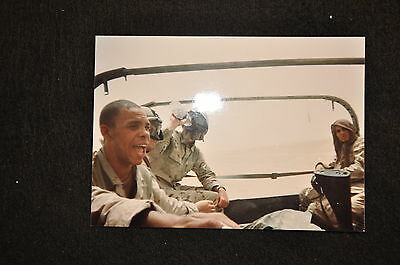 EARLY OPERATION IRAQI FREEDOM 1st ARMORED DIVISION PHOTO - MEN RIDING IN TRUCK