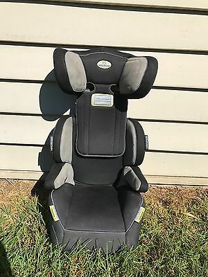 Infa-secure booster seat