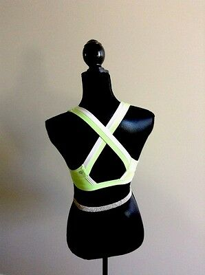 LULULEMON  RUN Stuff Your Bra Zippy Green White RARE Sz 8 EUC