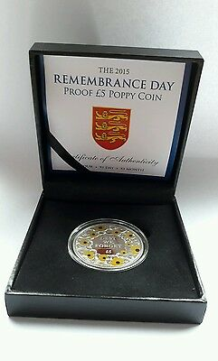 2015 Remembrance Day Proof £5 Gold Poppy Coin In Capsulated Box With COA