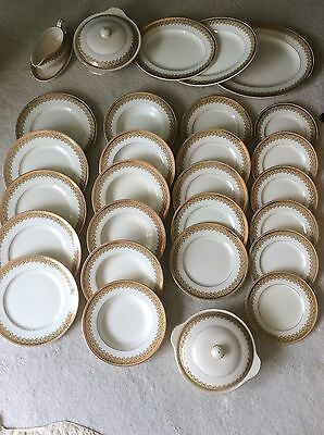 John Maddock & Sons Royal Vitreous Clyde 30 Piece dinner service circa 1912