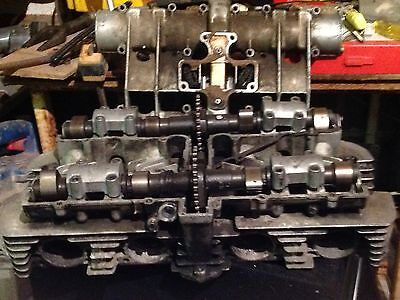 Suzuki Gs1000 cylinder head including cams