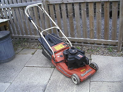 """Mountfield Empress 16"""" petrol lawnmower with grass box, delivery possible"""