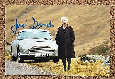 Judi Dench signed autographed 6x4 picture