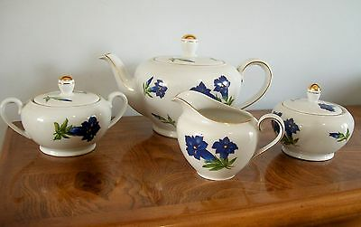7 Piece Johann Seltmann Vohenstrauss Blue Flowers Breakfast Setting