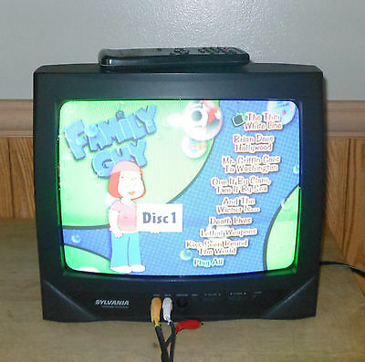 """Sylvania SRT2312A CRT 13"""" Cable Ready Color TV with Remote Retro Gaming TV"""