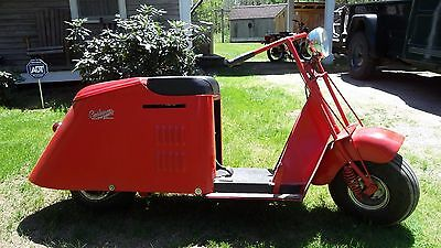 1947 Cushman SERIES 50 SCOOTER  1947 CUSHMAN SCOOTER TURTLE BACK
