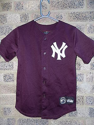 Vintage burgundy MLB New York Yankees baseball shirt jersey top by Majestic
