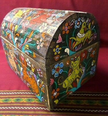 """Mexican Folk Art 17"""" Wood Dowry Chest Baul Box Colonial Furniture Painted Nagual"""