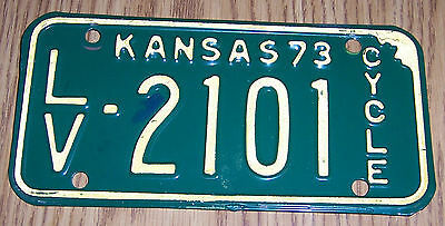 1973 Leavenworth Kansas Motorcycle License Plate LV - 2101 Cycle Issued 73 Used