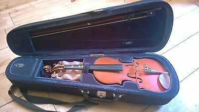 stentor 1/4 Violin With Bow, Case And Rosin