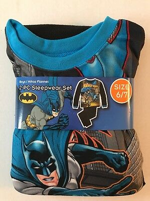 NWT 2 Pcs Children 6/7  Flannel Pajama Sleepwear Set batman