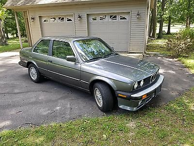 1987 BMW 3-Series 325is E30 1987 BMW 325is E30