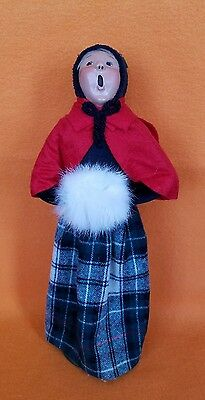Byers Choice The Carolers Woman With White Muff & Plaid Skirt 1989