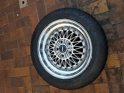 SIMMONS V5 suit commodore 16 x 8 wheels and tyres X 4