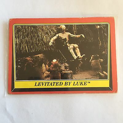 1983 SCANLENS TOPPS Card Star Wars Return Of The Jedi Levitated By Luke #83
