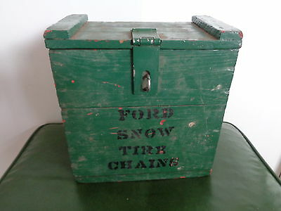 Vintage Ford Model T Wooden Tire Chain Box in Old Green Paint