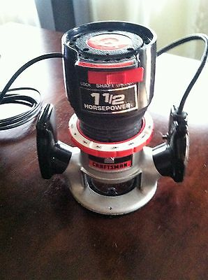 SEARS CRAFTSMAN Router Model 315.17492 w/ a fixed Base