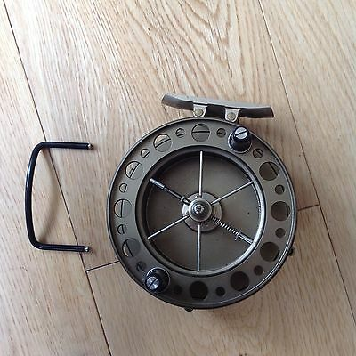J W Young  The Purist 2030 centrepin reel