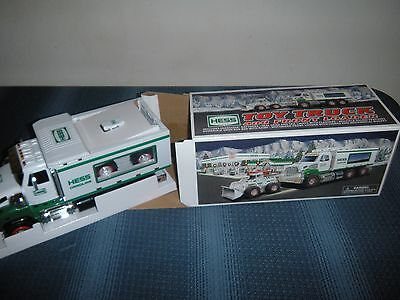 2008 Hess Toy Truck and Front Loader Mint Excellent Condition