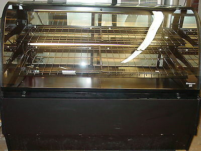 Structural Concepts euro glass dry bakery display case