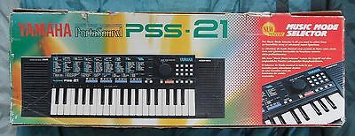 Yamaha Portasound PSS-21 Vintage Electronic Keyboard Boxed with Manual